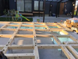 【埼玉県越谷市】S様邸新築工事は木工事土台敷き工事です。