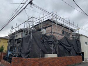 台風14号が接近しています。注文住宅、改修工事の台風養生をしました。