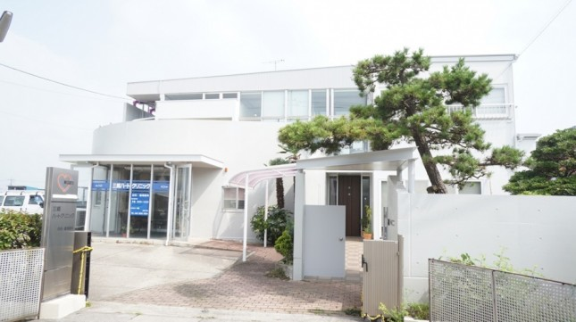 三郷市I様クリニックビフォーアフター南面 (2)