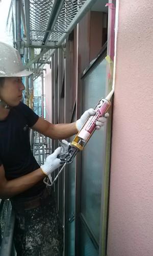 埼玉県吉川市YTハイツ様外壁塗装の様子 (3)