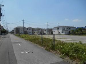 【埼玉県吉川市】T様邸駐車場工事 (3)